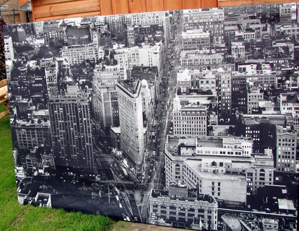 Ikea Premiar Flatiron Building New York (Rrp £100) Large Picture In Ikea Large Wall Art (Image 5 of 20)