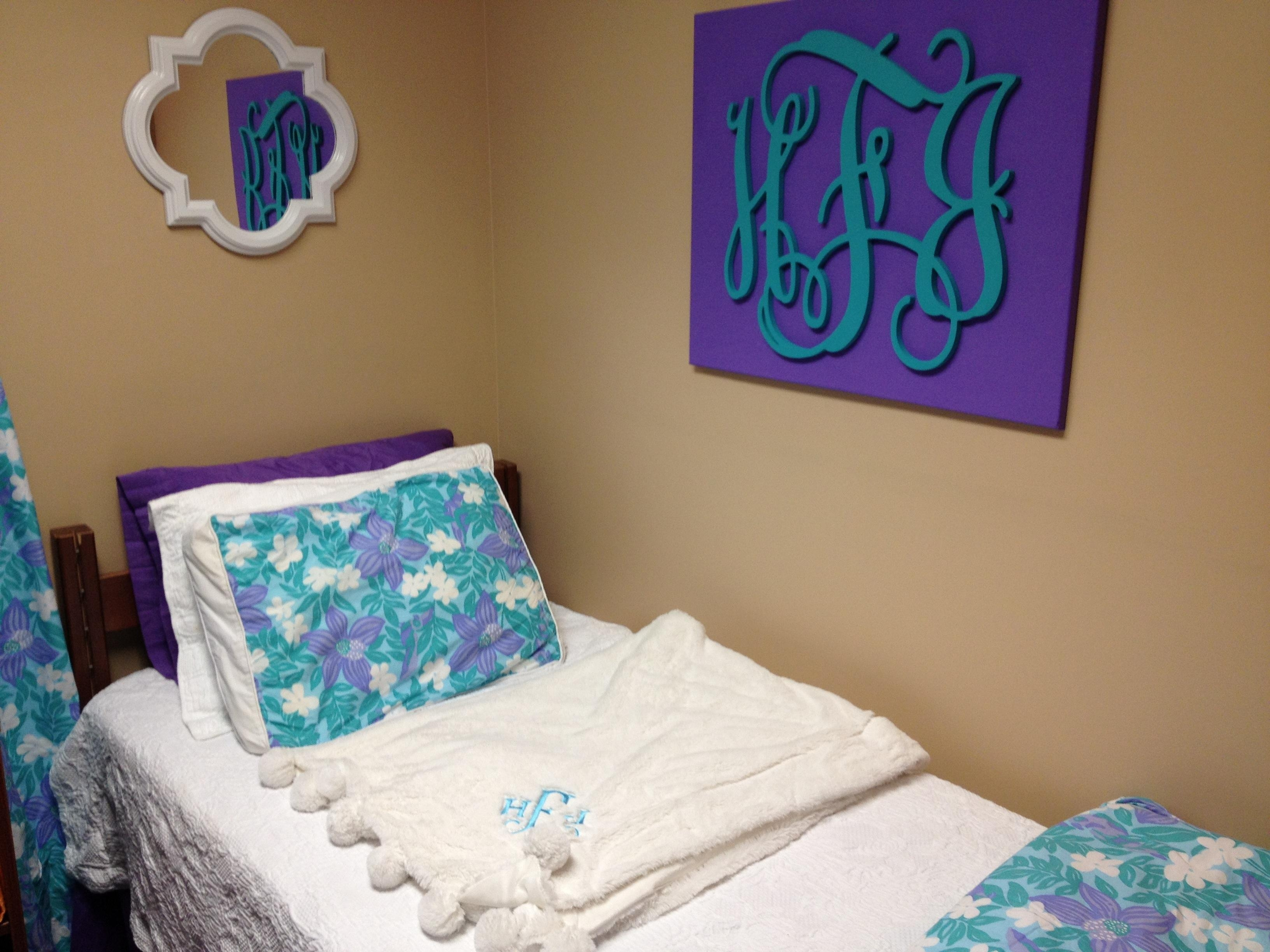 Featured Image of Monogrammed Wall Art