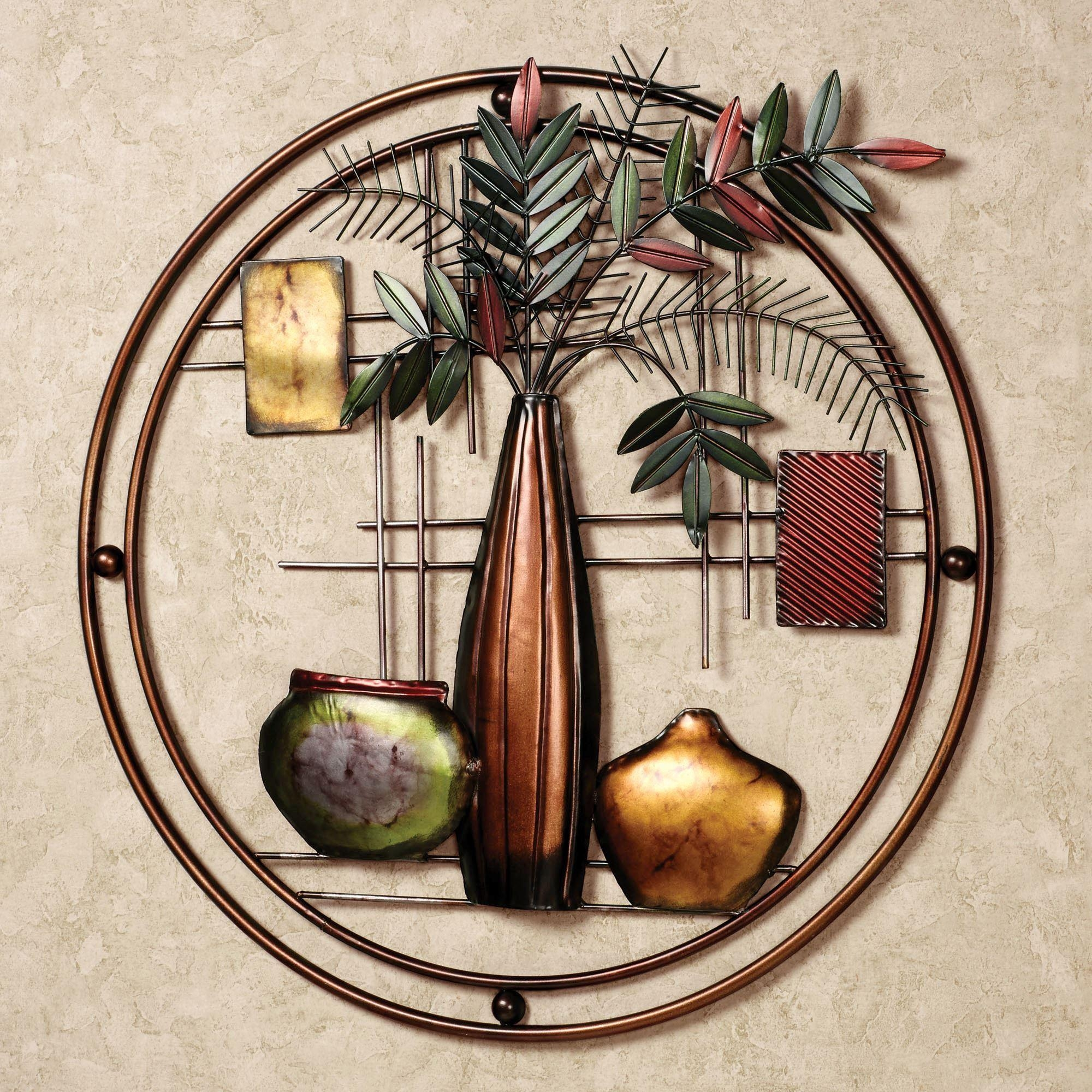 Miruna Round Metal Wall Art In Touch Of Class Metal Wall Art (Image 11 of 20)
