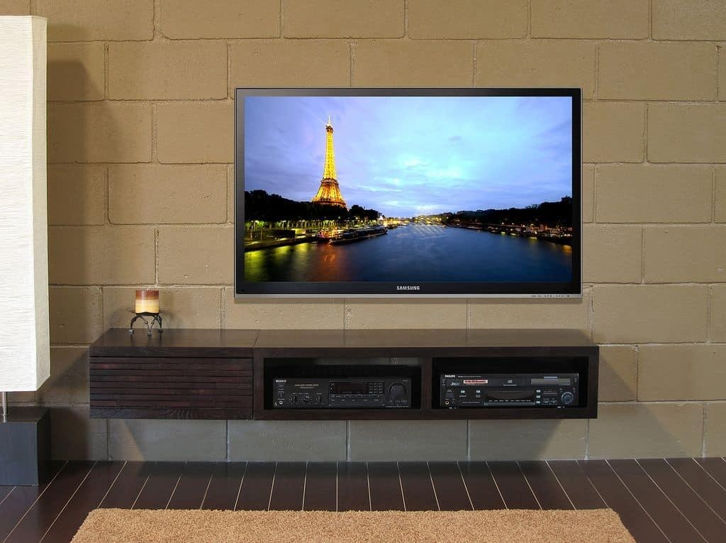 Modern House With Wall Mounted Tv And Tv Stand – Tips To Buying A Pertaining To Recent Modern Wall Mount Tv Stands (Image 8 of 20)