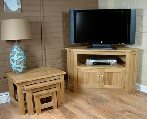 Oak Contemporary Solid Oak Widescreen Corner Tv Cabinet In Recent Dark Wood Corner Tv Cabinets (View 5 of 20)