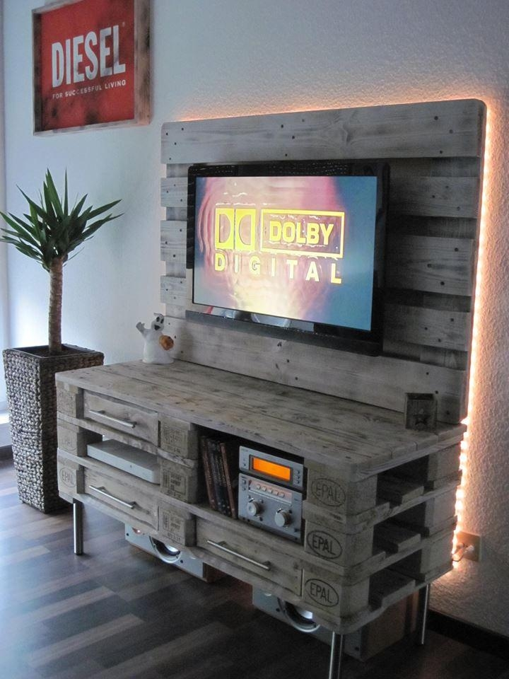 Pallet Media Console – Diy Tv Stand With Regard To Recent Upright Tv Stands (View 17 of 20)
