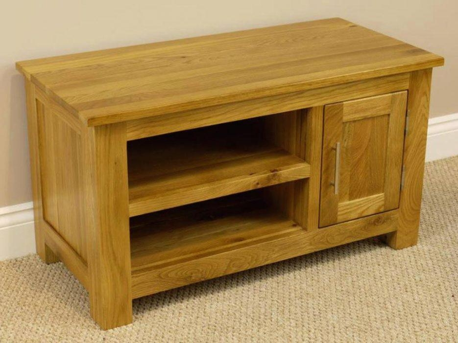Tv Stand : Oakland Chunky Oak Small Tv Unit Plasma Tv Stand Small With Regard To Most Recent Small Oak Tv Cabinets (Image 19 of 20)