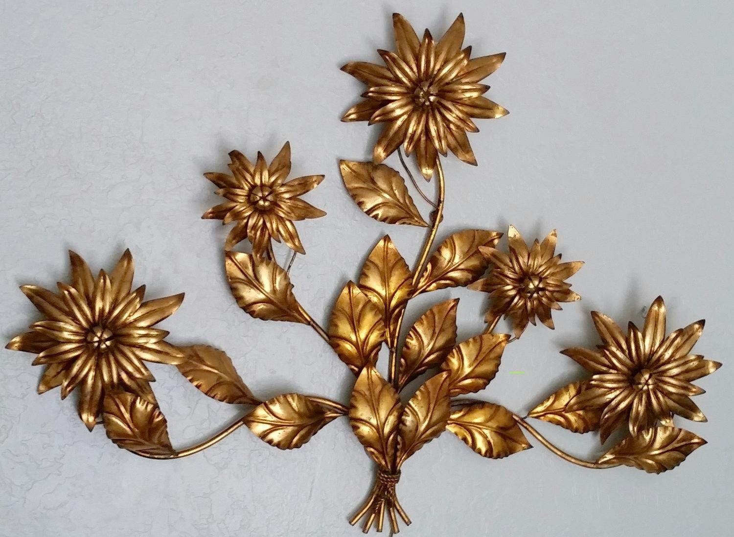 Wall Sconce Vintage Italian Vintage Antique Gold Gilded Floral Pertaining To Vintage Italian Wall Art (View 16 of 20)
