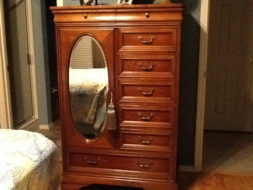Wtb Lexington Chez Michelle Cherry Tv Armoire My Antique Ethan Inside Most Popular Cherry Tv Armoire (Image 20 of 20)