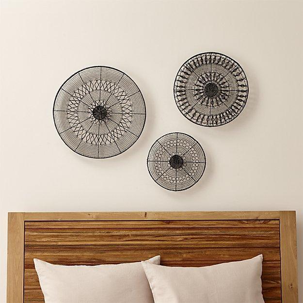 Colors : Metal And Wood Abstract Circle Wall Art Decor Plaque In For Abstract Circles Wall Art (Image 9 of 20)