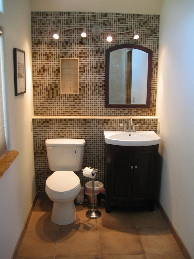 10 Painting Tips To Make Your Small Bathroom Seem Larger In Wall Accents Behind Toilet (Image 1 of 15)