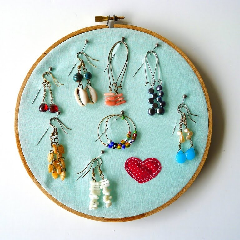 19 Creative Embroidery Hoop Art | Tip Junkie With Regard To Embroidery Hoop Fabric Wall Art (View 14 of 15)