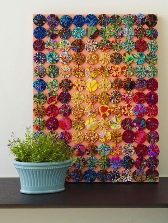 20+ Fabric Yoyo Projects – | Hanging Fabric, Yo Yo And Art Walls Within Fabric Art Wall Hangings (View 9 of 15)