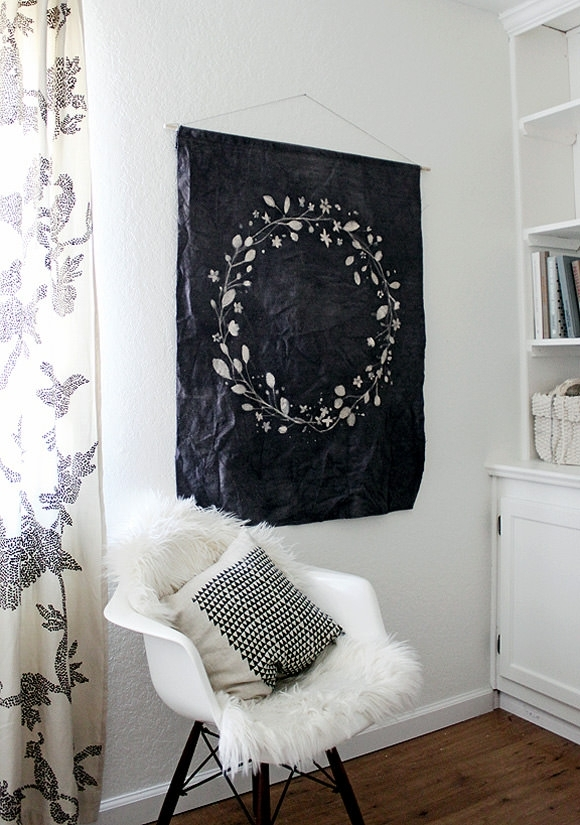 8 Simple Diy Wall Hangings for Simple Fabric Wall Art