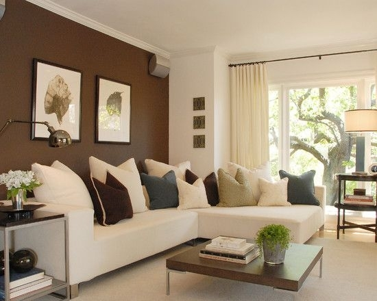An Accent Wall In A Room Adds A New Feeling To A Room (Image 1 of 15)