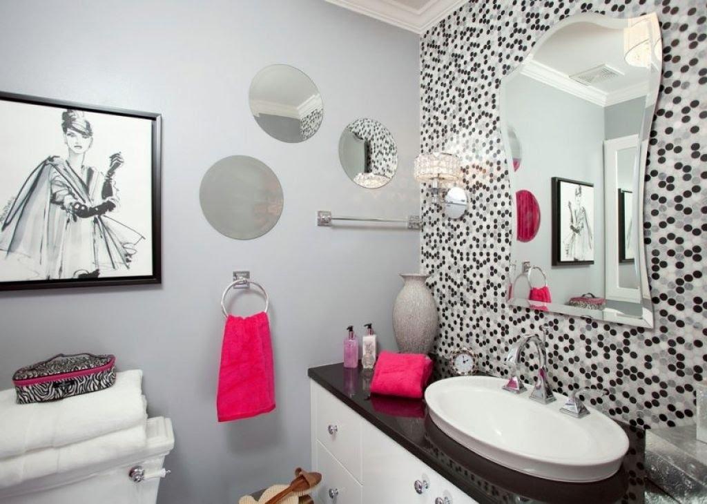 Bathroom Wall Decoration Ideas I Small Bathroom Wall Decor Ideas Pertaining To Wall Accents For Bathroom (Image 6 of 15)