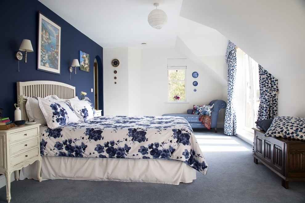 Blue And White Wall Art Bedroom Traditional With Contemporary Within Wall Accents For Blue Room (Image 6 of 15)