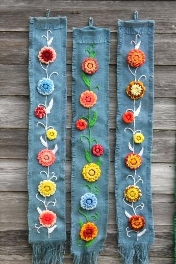 Burlap Wall Hanging Patterns Diy Framed Burlap Wall Hanging Diy Inside Floral Fabric Wall Art (Image 6 of 15)