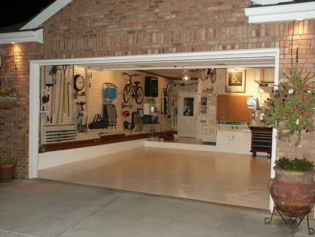 Clasic Garage Designs And Decorations : Classic Garage Idea With In Garage Wall Accents (View 15 of 15)