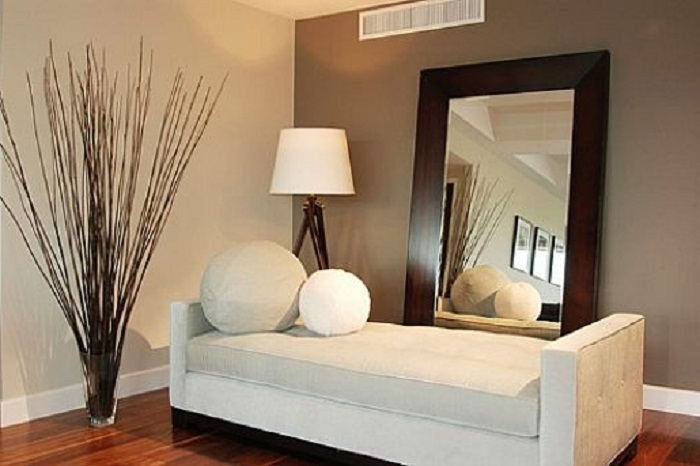 Creative Accents Wall Plates, Striped Accent Wall, Painting Accent Pertaining To Brown Wall Accents (Image 7 of 15)