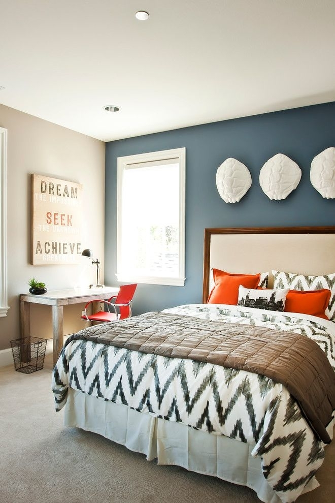 Dare To Be Different: 20 Unforgettable Accent Walls | Bedrooms Throughout Blue Wall Accents (Image 8 of 15)