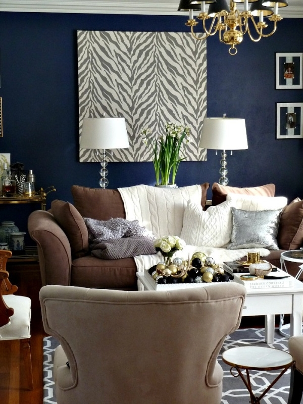 Dark Walls Leather Brown Couch, They Are Showing Pics On How To Within Brown Furniture Wall Accents (Image 4 of 15)