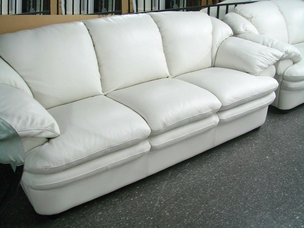 Decorating Comfortable White Leather Sofa Soft White Leather Couch Throughout Off White Leather Sofas (View 2 of 10)