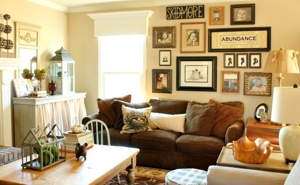 Decorative Wall Decor Ideas For Comfortable Family Room Design For Brown Furniture Wall Accents (Image 5 of 15)