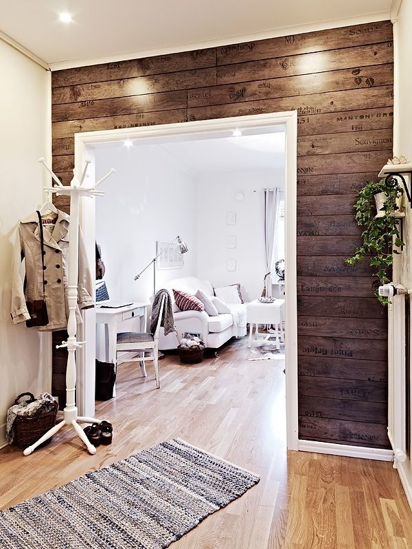 Design Ideas For A Stylish Entryway – Centereddesign With Regard To Entryway Wall Accents (View 3 of 15)
