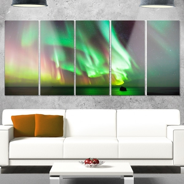 Designart 'green Northern Lights Aurora' Large Abstract Glossy For Overstock Abstract Wall Art (Image 5 of 15)
