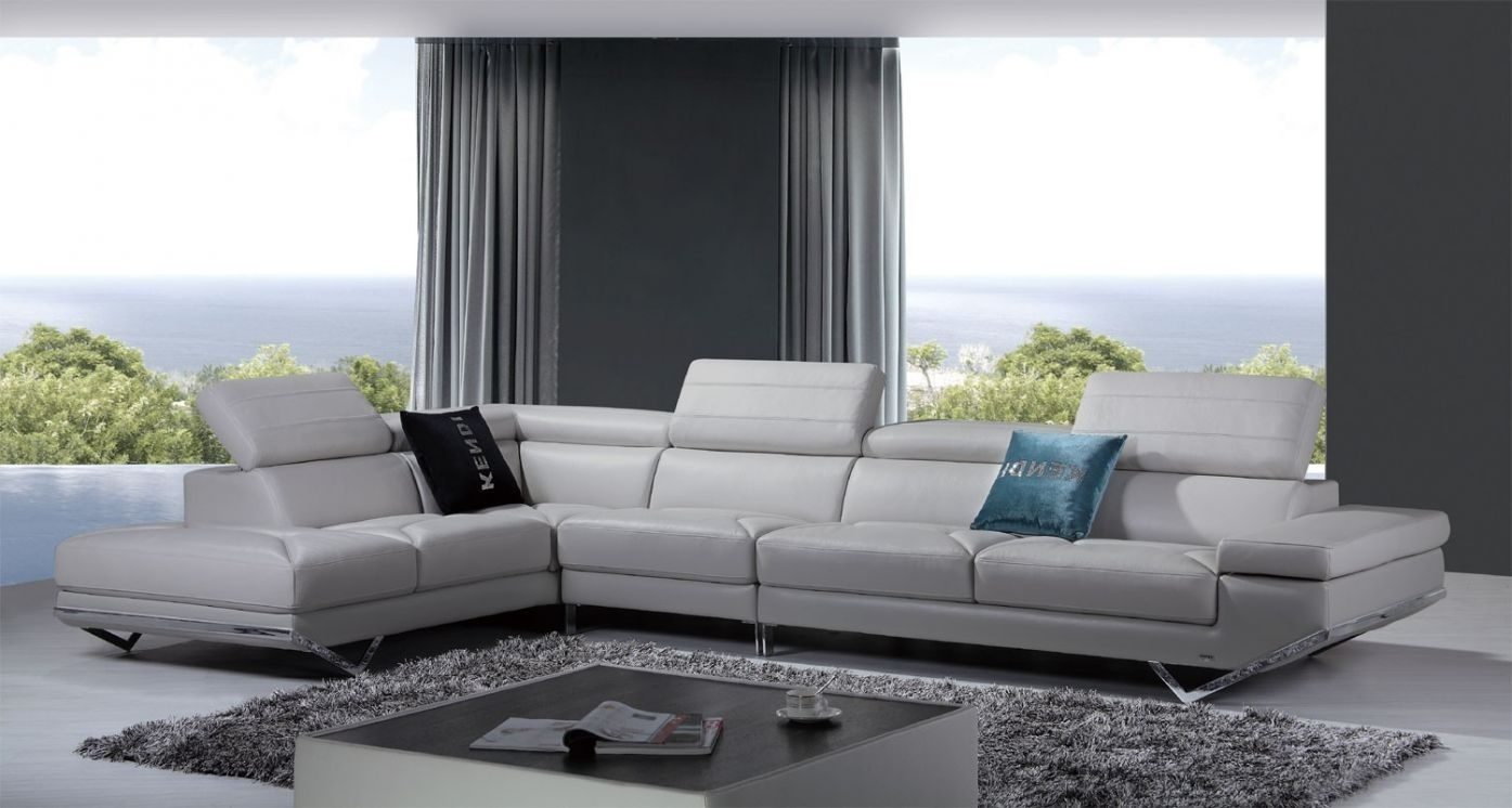 Divani Casa Quebec Modern Light Grey Italian Leather Sectional Sofa Pertaining To Quebec Sectional Sofas (Image 7 of 10)