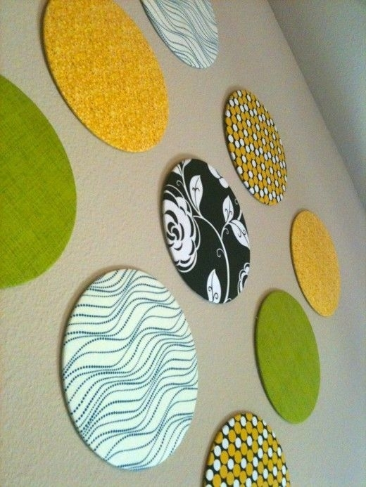 Diy Fabric Circles Wall Decor (Image 8 of 15)