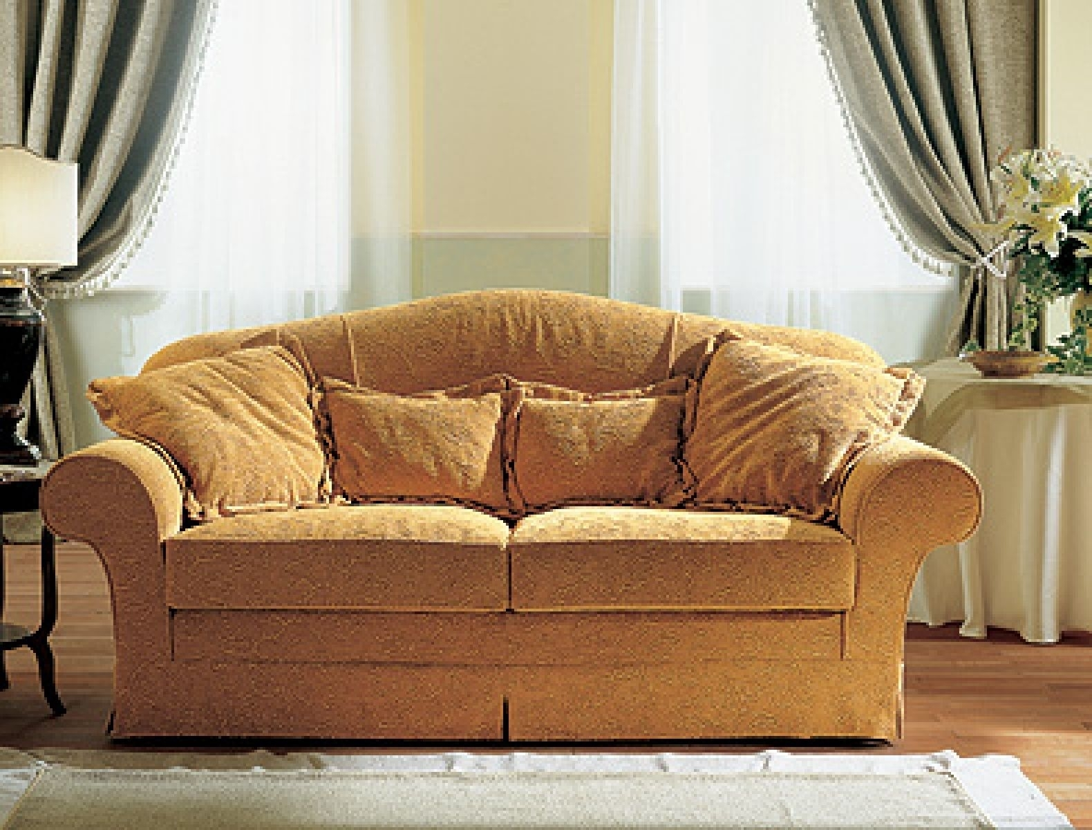 Elegant Traditional Sofas 70 For Your Office Sofa Ideas With Regarding Traditional Sofas (View 5 of 10)