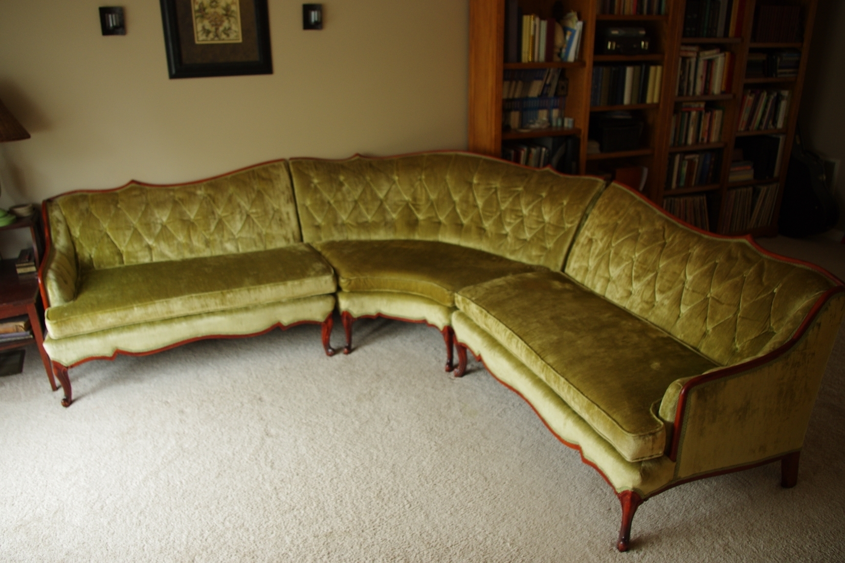 Featured Image of Vintage Sectional Sofas