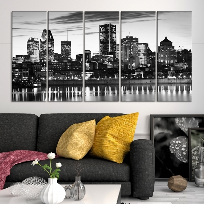 Extra Large Wall Art Montreal Canvas Print – Montreal Skyline Pertaining To Montreal Canvas Wall Art (View 2 of 15)