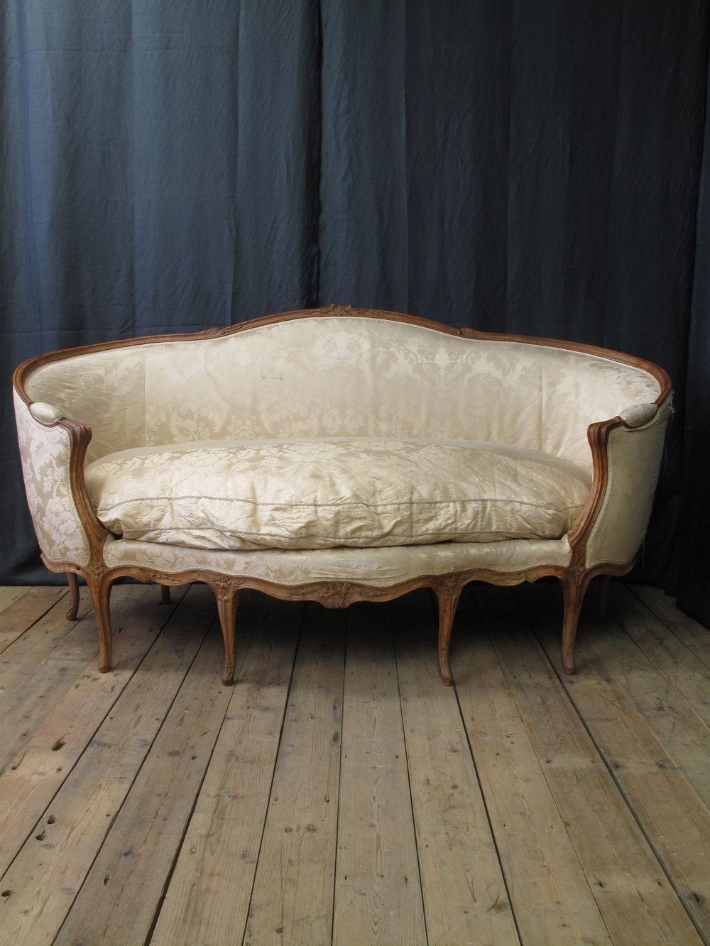 French Louis Xv Canape Corbeille En Hetre Sofa – Antiques Atlas Inside Antique Sofas (View 10 of 10)