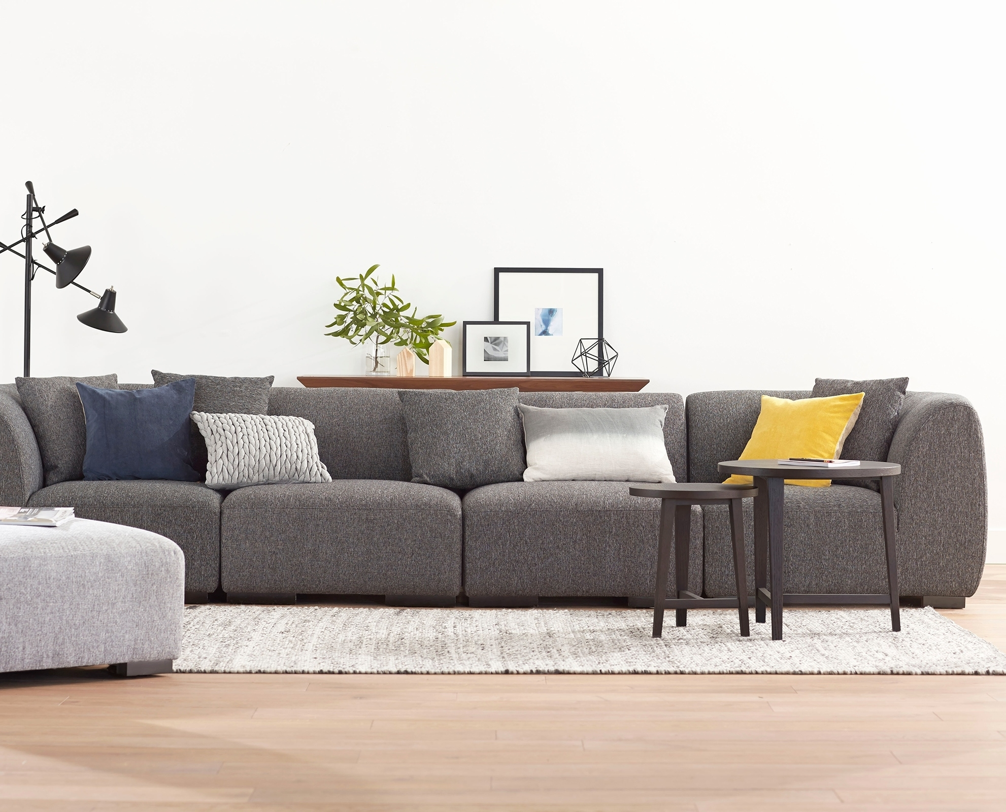 Fresh Sectional Sofa Beds For Small Spaces 2018 – Couches And Sofas Regarding Canada Sectional Sofas For Small Spaces (Image 3 of 10)