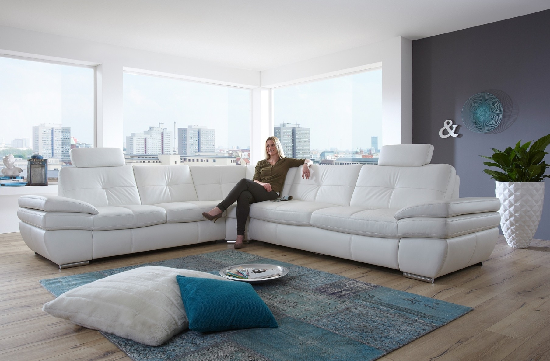Furniture : Sectional Sleeper Sofa Queen Has One Of The Best Kind Of Intended For Everett Wa Sectional Sofas (View 8 of 10)