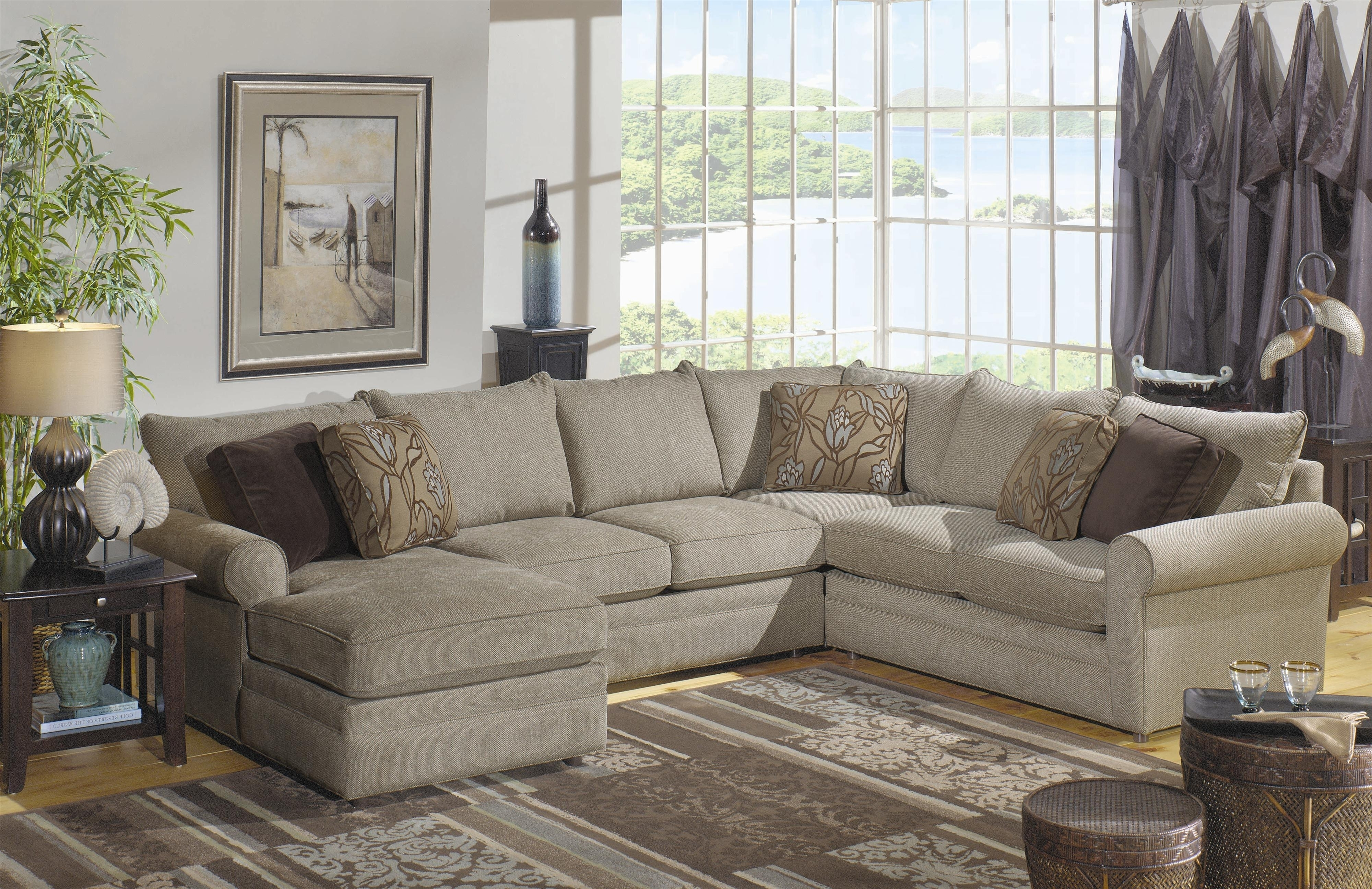 Featured Image of Craftsman Sectional Sofas