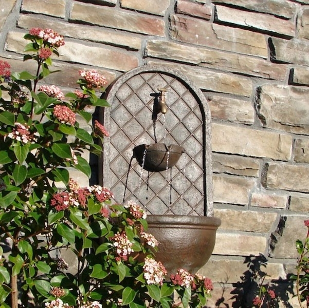 Garden Wall Decorations Picture | Landscaping & Backyards Ideas Inside Garden Wall Accents (Image 8 of 15)