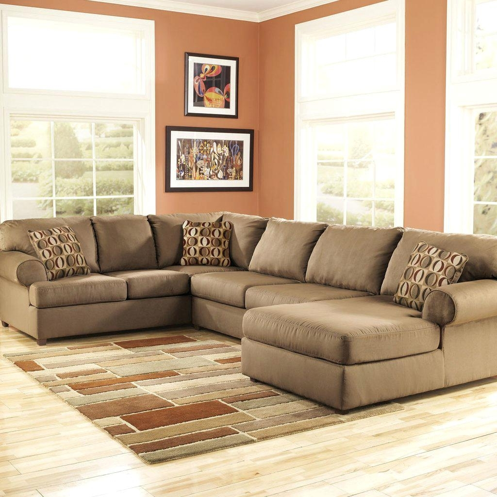 Green Sectional 333 Sectionals Bay Wi Sofa With Chaise Couch With Regard To Green Bay Wi Sectional Sofas (View 9 of 10)