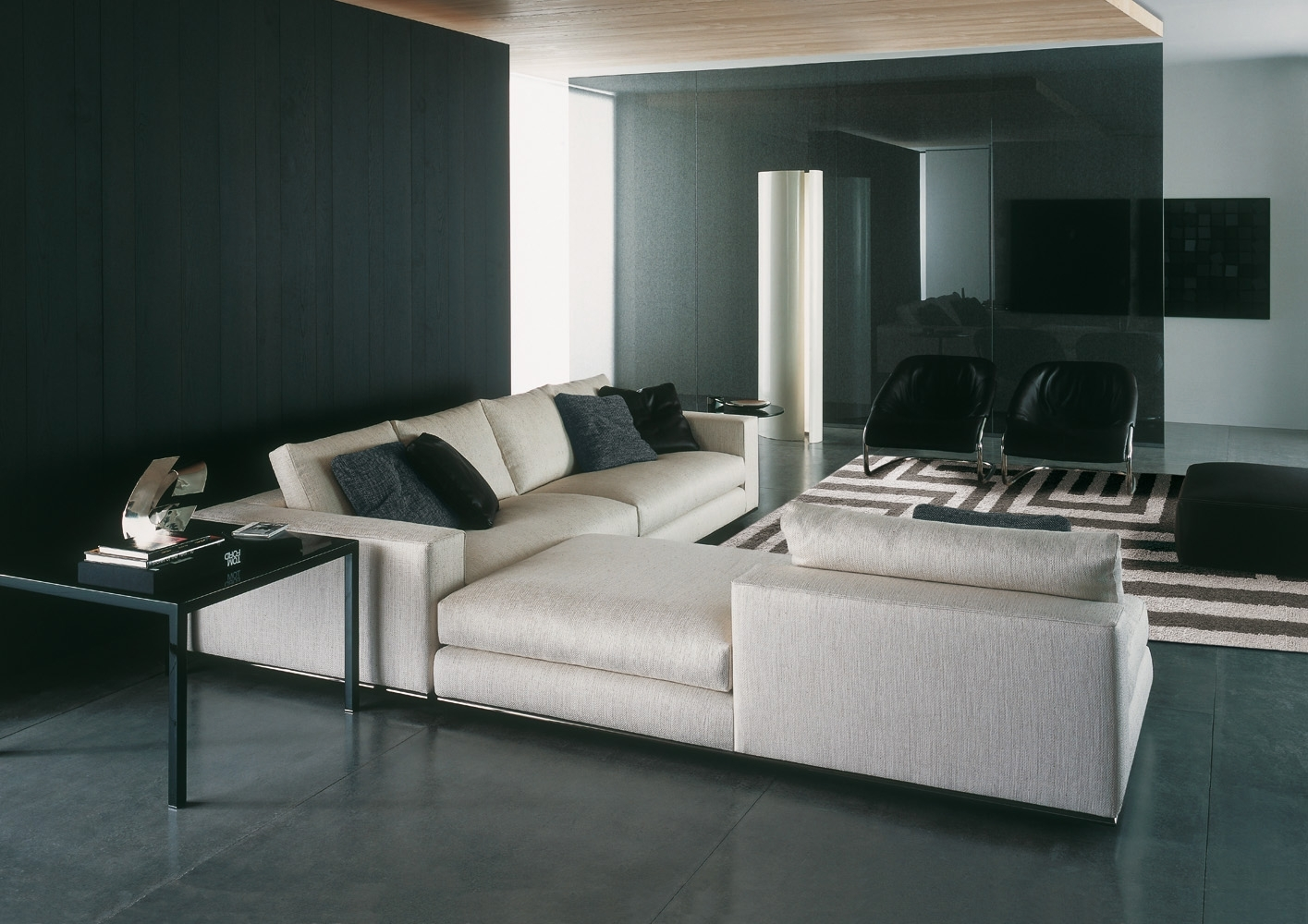 Hamilton Sofa | Designedrodolfo Dordoni, Minotti, Orange Skin Intended For Hamilton Sectional Sofas (View 3 of 10)