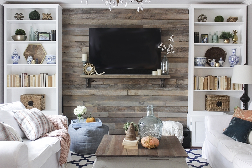 How To Build A Pallet Accent Wall Pertaining To Wall Accents Behind Tv (Image 6 of 15)