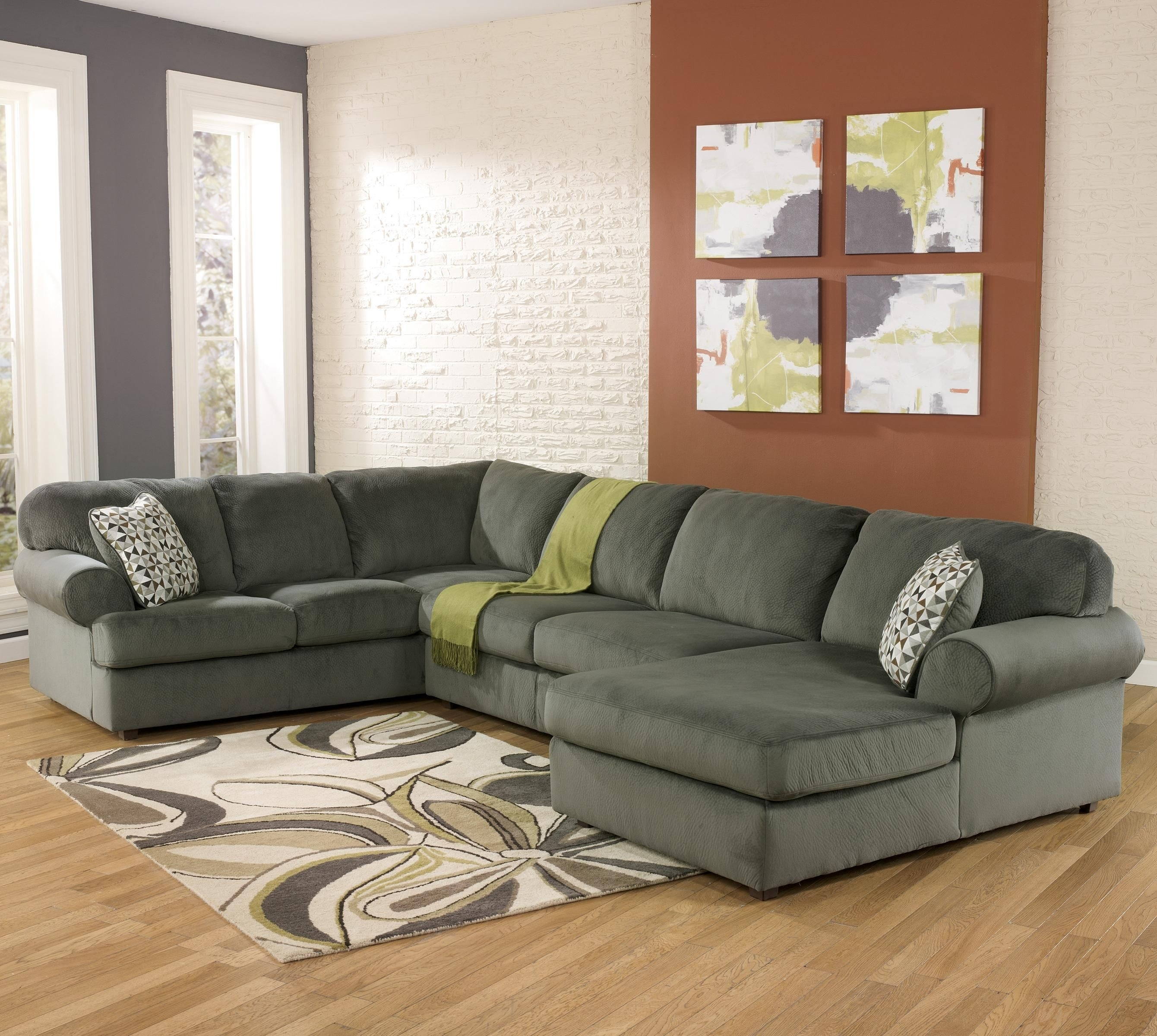 Jessa Place – Pewter Casual Sectional Sofa With Right Chaise Regarding Pensacola Fl Sectional Sofas (Image 9 of 10)