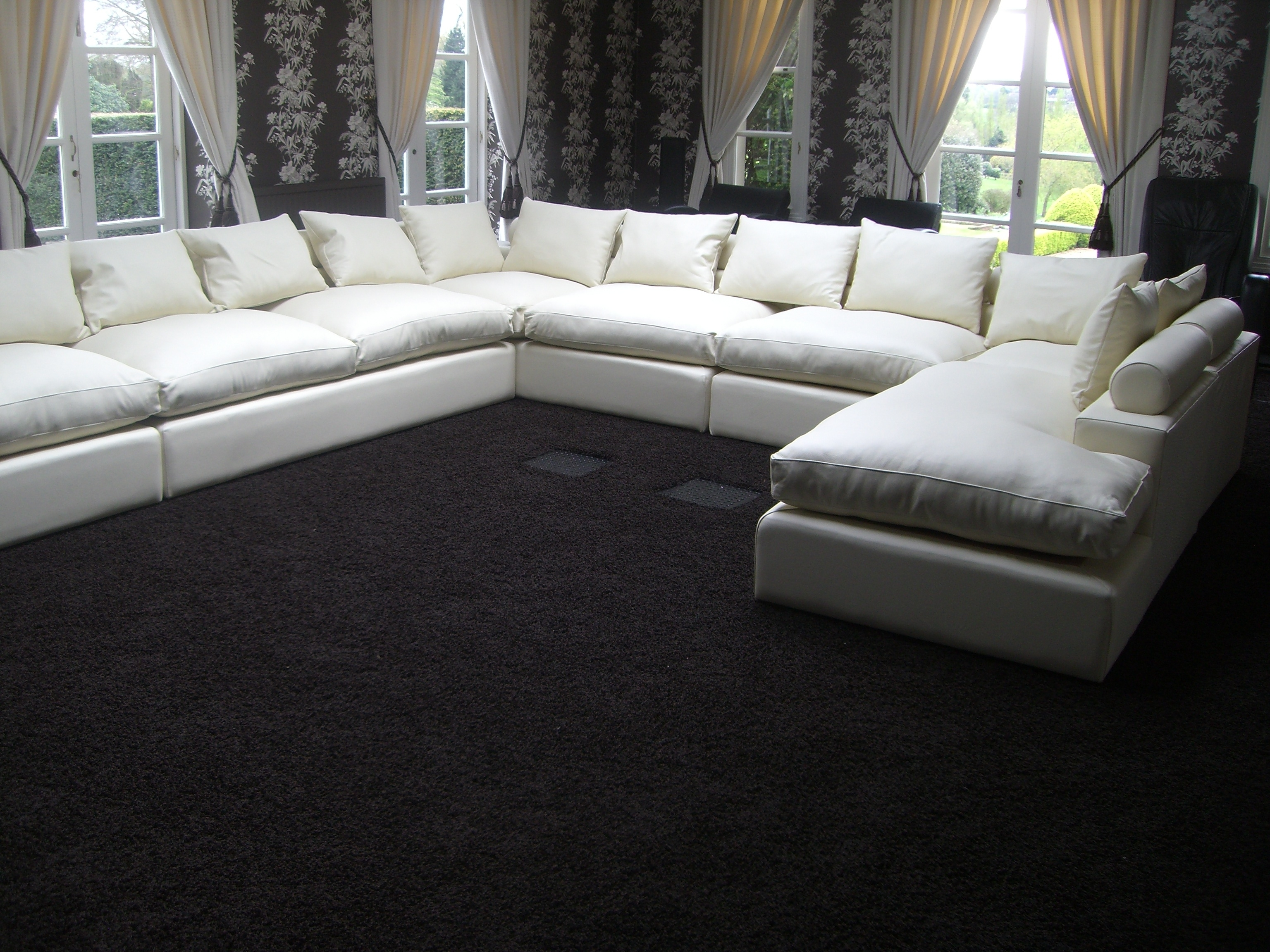 Featured Image of Large U Shaped Sectionals