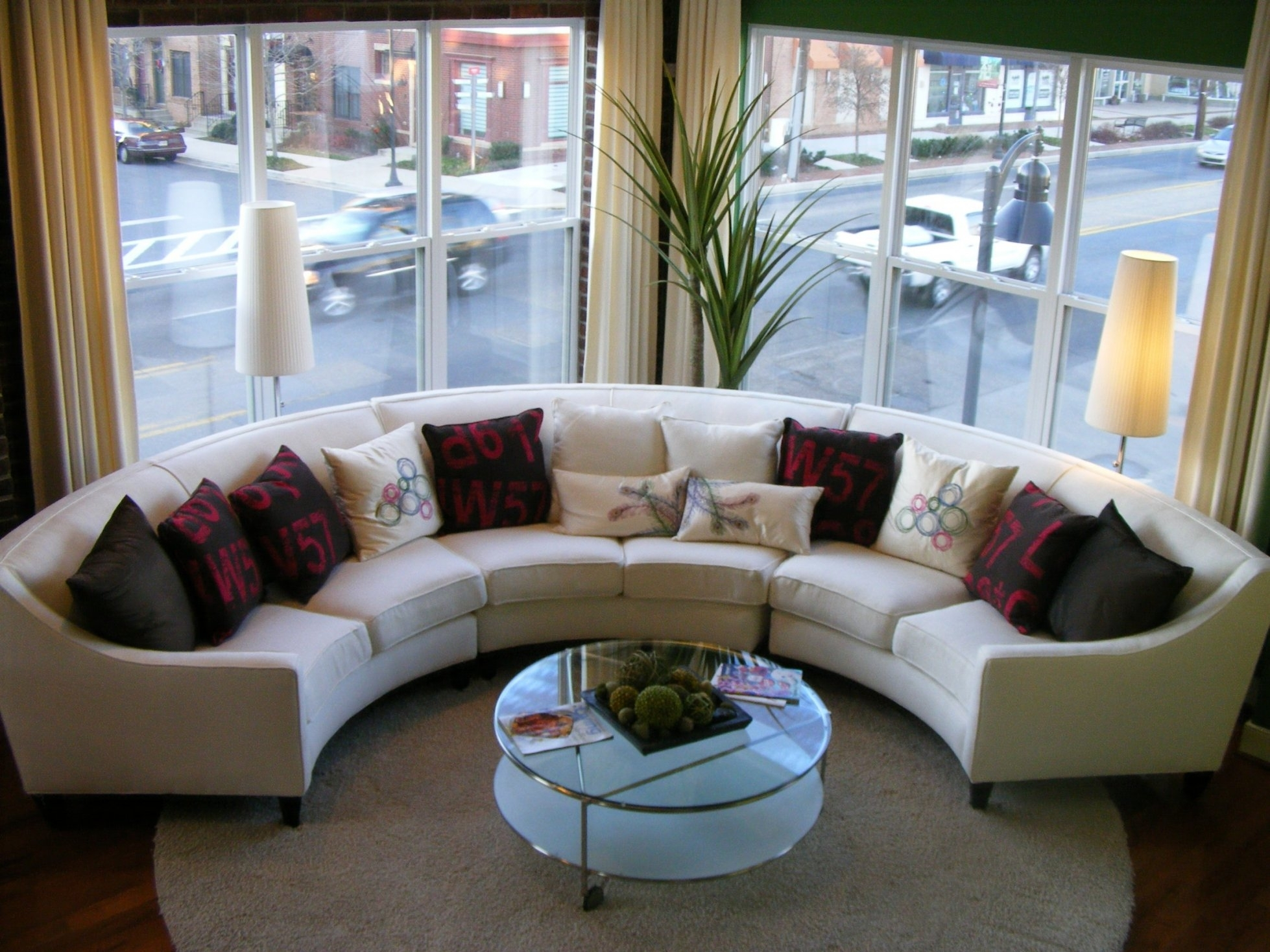 Living Room Decorating Ideas For Apartments With White Within White Throughout Circular Sectional Sofas (View 8 of 10)