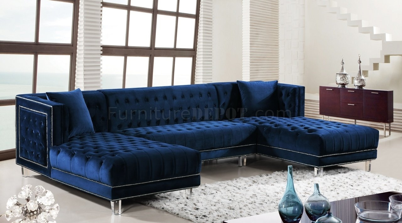 Moda Sectional Sofa 631 In Navy Velvet Fabricmeridian With Regard To Velvet Sectional Sofas (View 3 of 10)