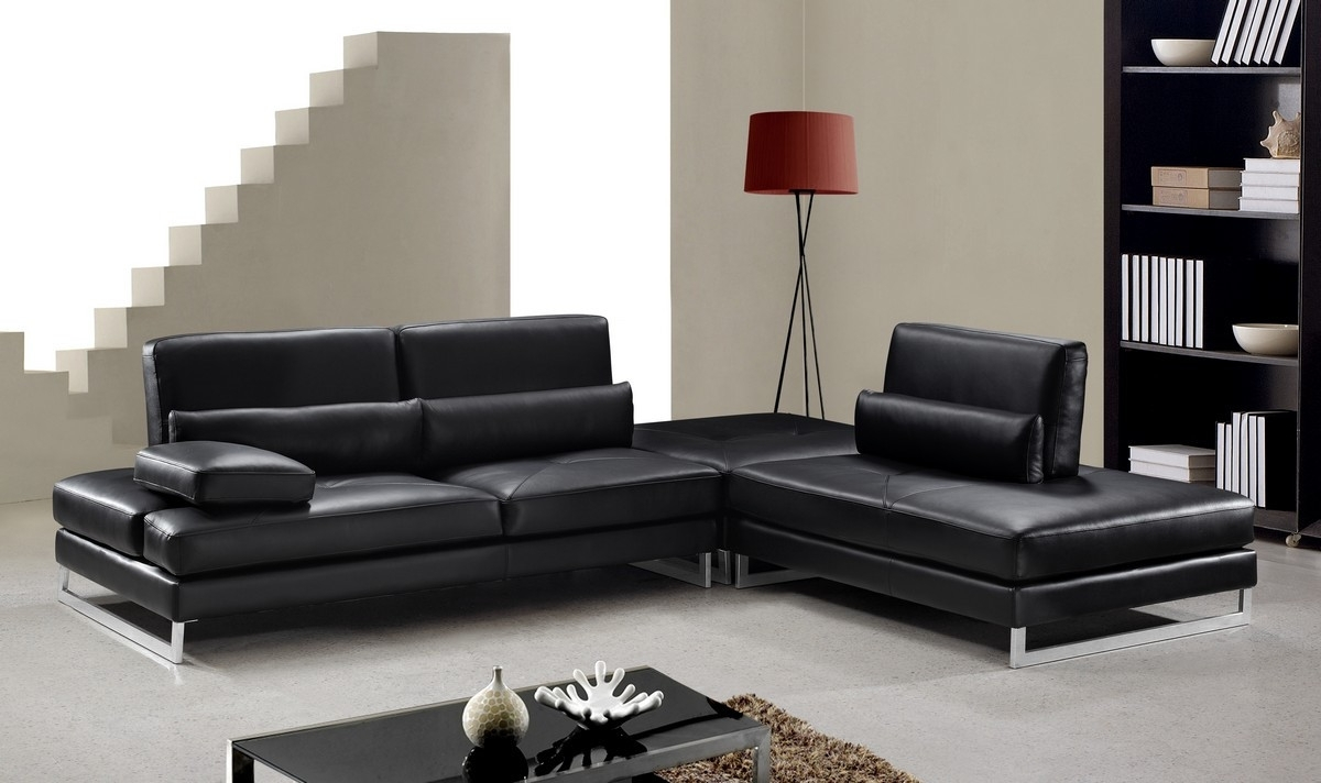 Modern Black Leather Sectional Sofa Throughout Black Sectional Sofas (Image 8 of 10)