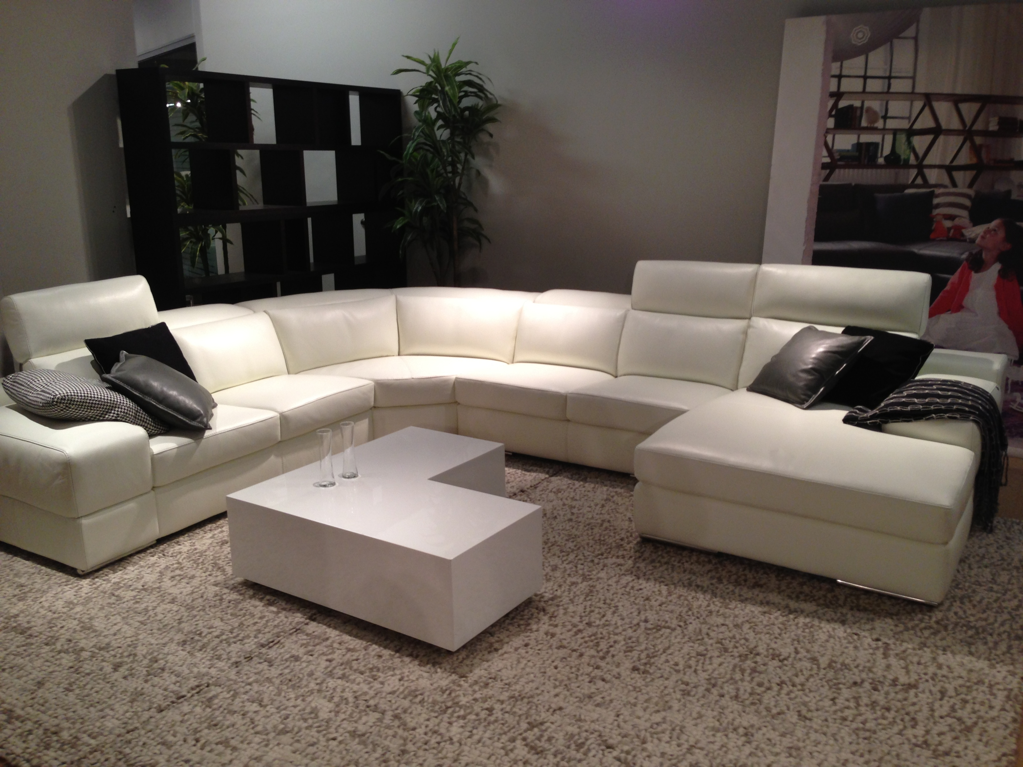 Modern White Leather Sectional Htl Portland Oregon 1,632×1,224 In Portland Sectional Sofas (Image 4 of 10)