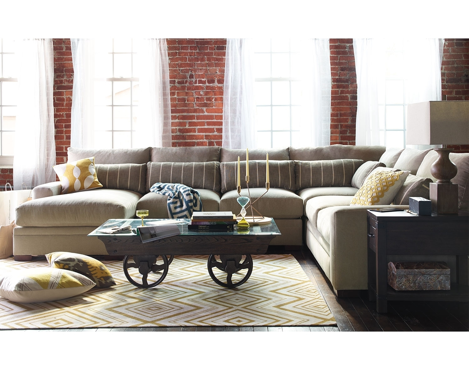 My Favorite!!! But It Cost $2999!!!!!!! The Ventura Collection Intended For Kansas City Sectional Sofas (Image 5 of 10)