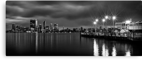 "Perth City Skyline"" Canvas Printsmieke Boynton 