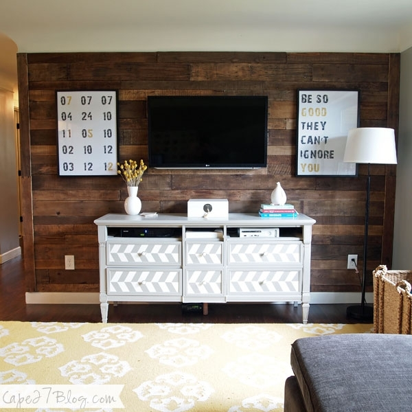 Remodelaholic | 95 Ways To Hide Or Decorate Around The Tv With Wall Accents Behind Tv (Image 10 of 15)