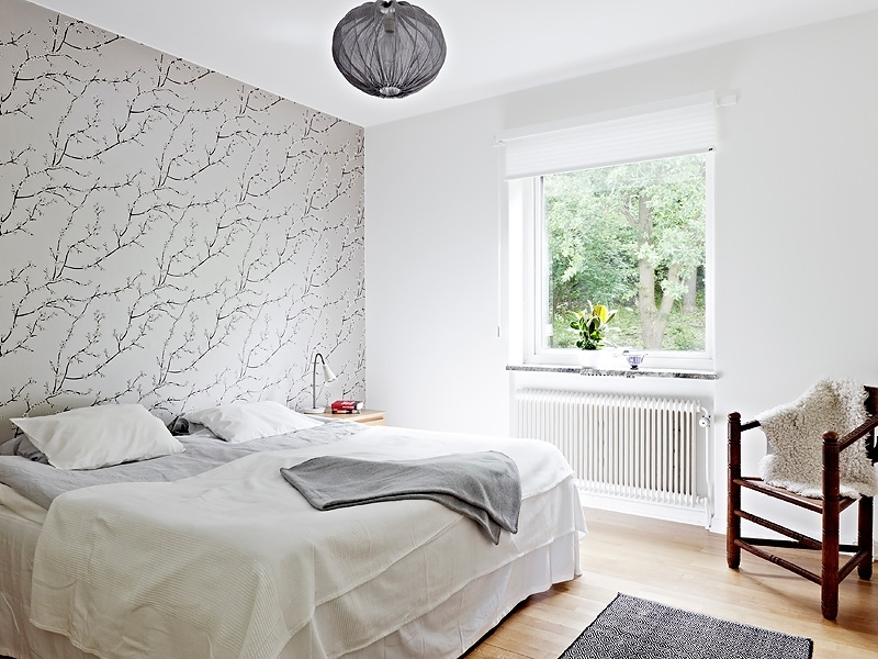 Rising Bedroom Outlook With Wallpaper Wall Accent Bedroom ~ Mgigo For Wallpaper Bedroom Wall Accents (View 6 of 15)