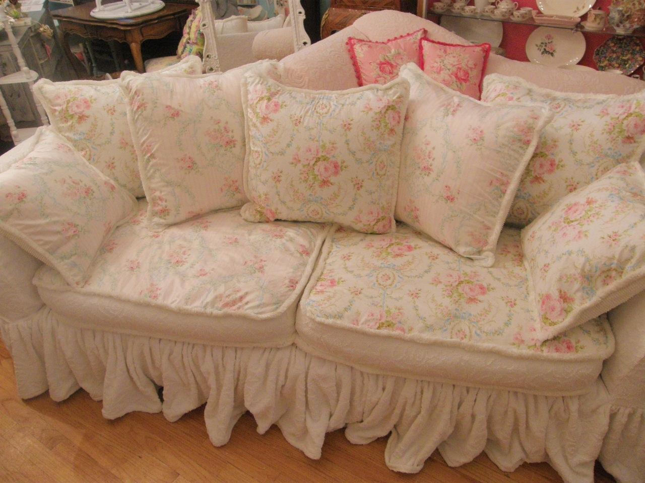 Shabby Chic Sofas 74 With Shabby Chic Sofas | Jinanhongyu Throughout Shabby Chic Sofas (Image 10 of 10)